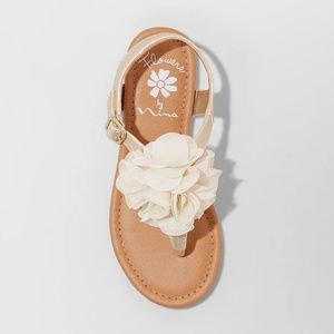 Flowers by Nina Shoes - Girls' Flowers by Nina Michelyn T Strap Sandals